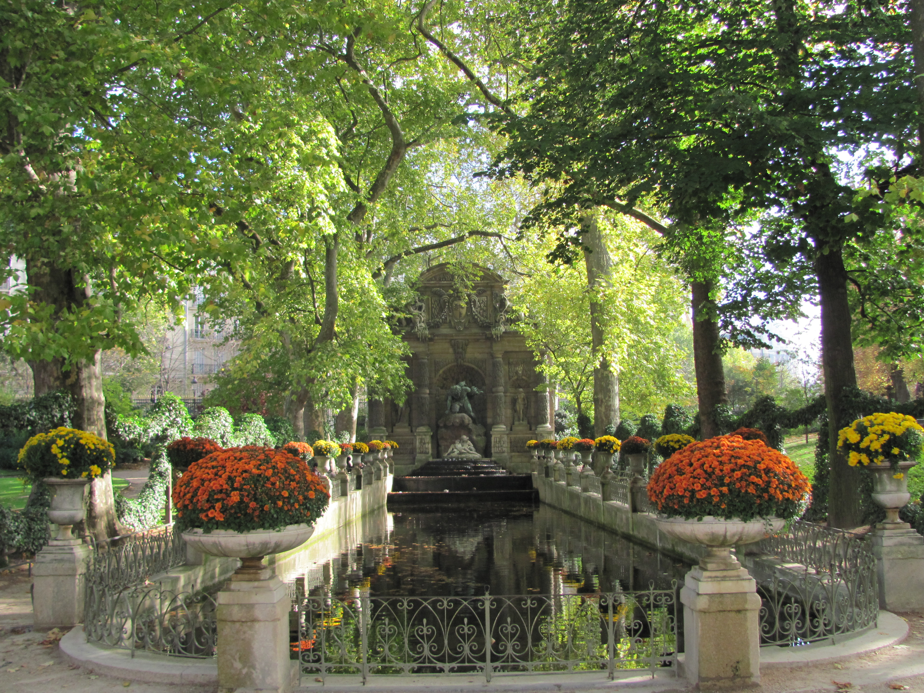 4 days in paris happy opu for Cafe jardin du luxembourg